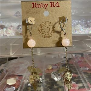 NWT Ruby Rd . Rose quartz earrings.